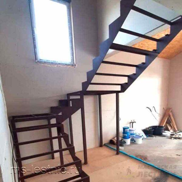 каркас-лестницы-листовой-04